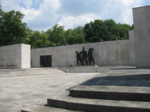 labor-movement-mausoleum