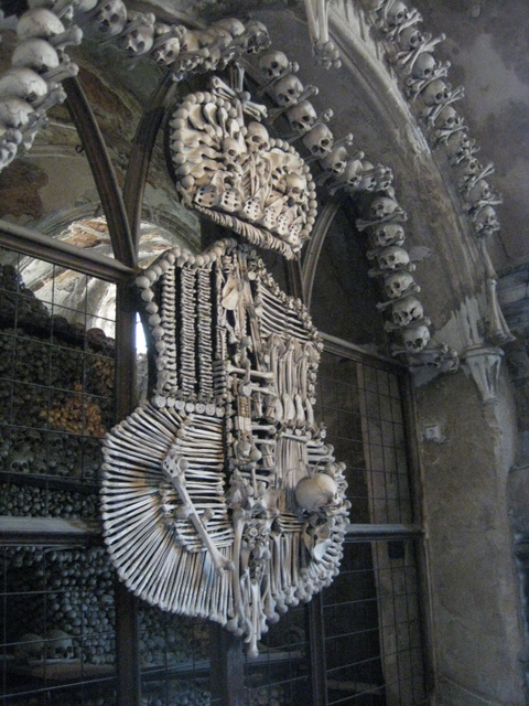 bone-church-crest