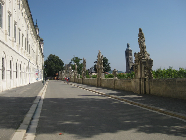 like-charles-bridge