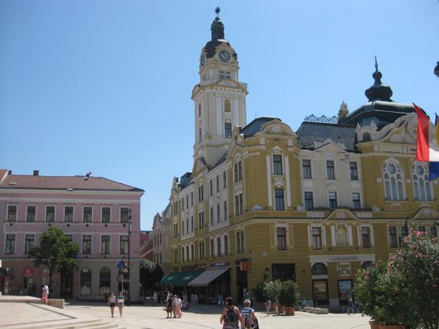 downtown-pecs