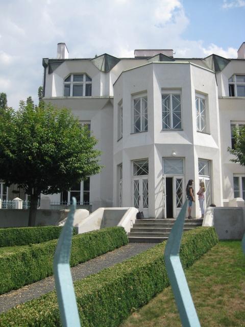 cubist-house